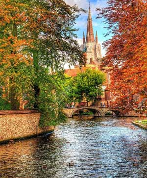 Painting in Bruges in Autumn with Adele Wagstaff 2016